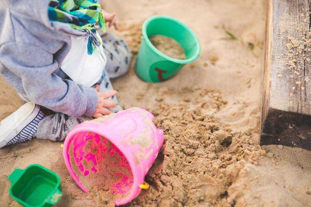 How do you stop toddler temper tantrums?