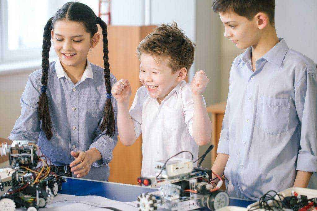 best way to encourage your child to study stem subjects!